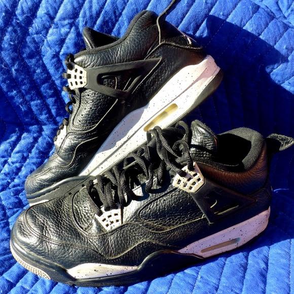 3c5b770b54f3 Nike 314254-003 Air Jordan 4 Retro Oreo - Size 11.  M 5c4685e3c6177731d24ce509
